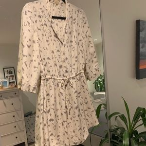 Babaton Dresses - Aritzia Babaton Bennett Silk Shirt Dress LeopardXS